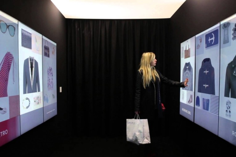 Digital marketeers acting as personal shoppers